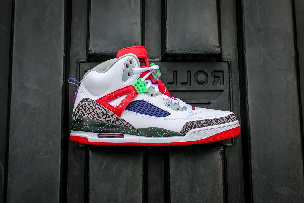 "watch 23db7 6cd26 Jordan Spizike ""Poison Green"" releases instores this week"