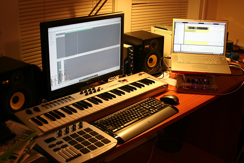 Music business 101 how to set up a recording home studio on a budget yomzansi - Home studio ...